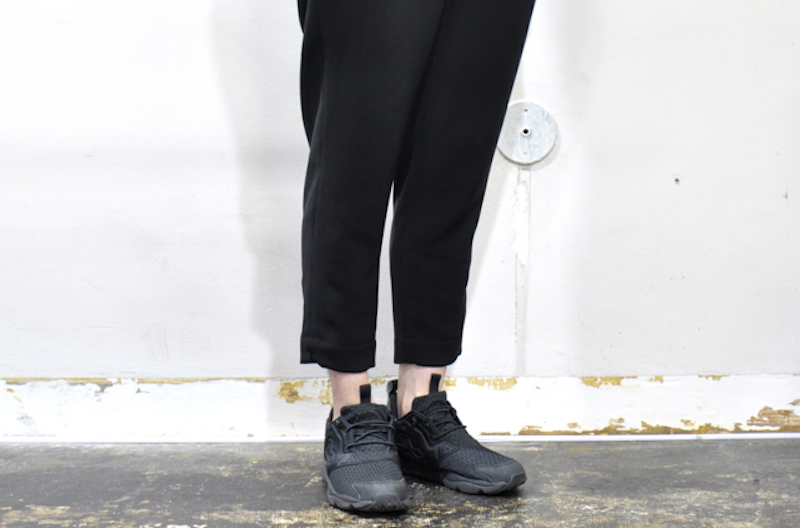 nocontorolair-pants2