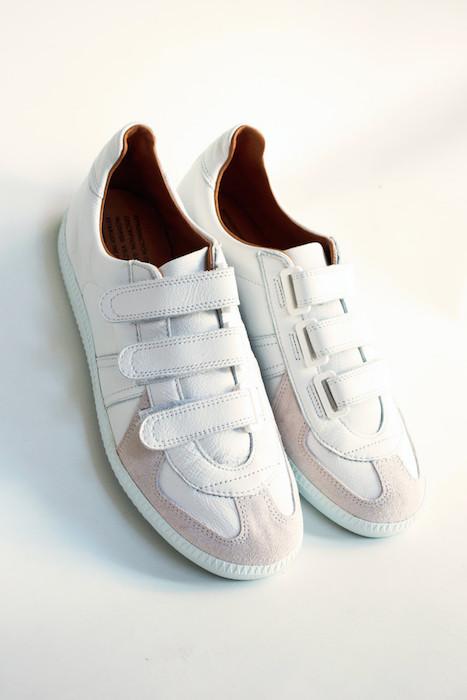 lampa-sneaker